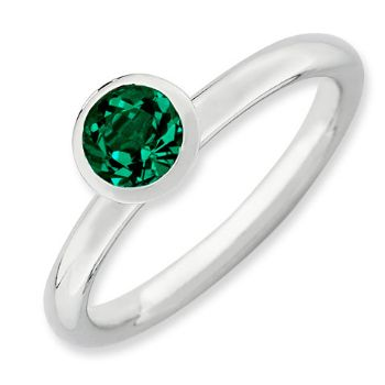 Picture of Silver Ring 1 Round Swarovski Emerald stone