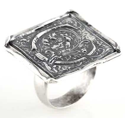 Picture of Initial C Vintage Ring