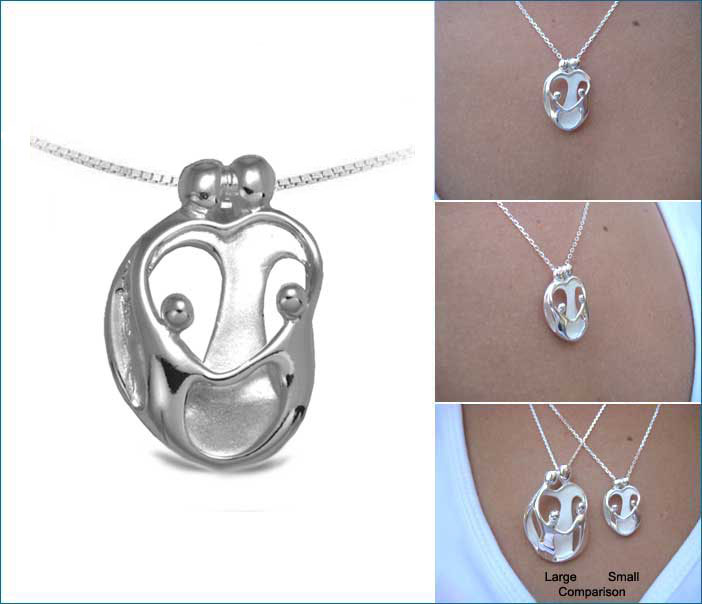 Picture of Small Two Parents and Two Children Pendant