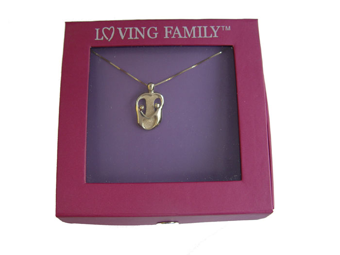 Picture of Gold Mother and Two Children Pendant