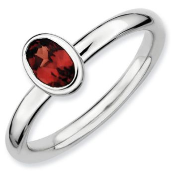 Picture of Silver Ring Oval Shaped Garnet stone