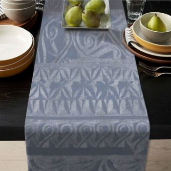 Picture of Table runner