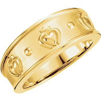 Picture of 14K Gold 8mm Ladies Claddagh Band