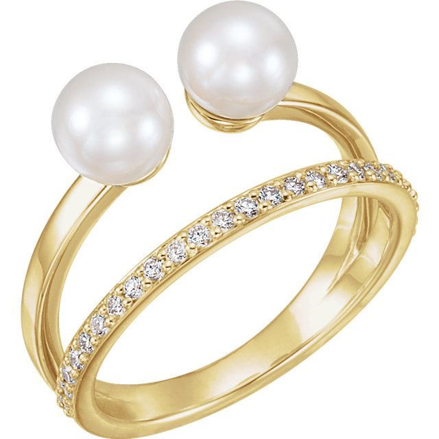 Picture of 14K Gold Freshwater Cultured Pearl & 1/5 CTW Diamond Ring