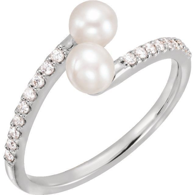 Picture of 14K Gold Freshwater Pearl & 1/6 CTW Diamond Bypass Ring