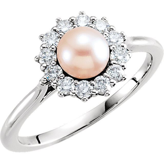 Picture of 14K Gold Pearl & 1/3 CTW Diamond Ring