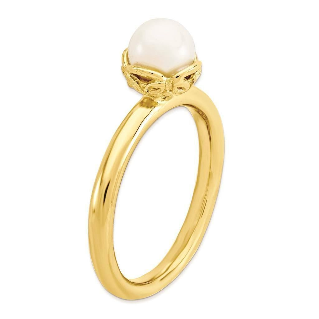 Picture of 18K Yellow Gold Plated Silver Ring White Freshwater Pearl