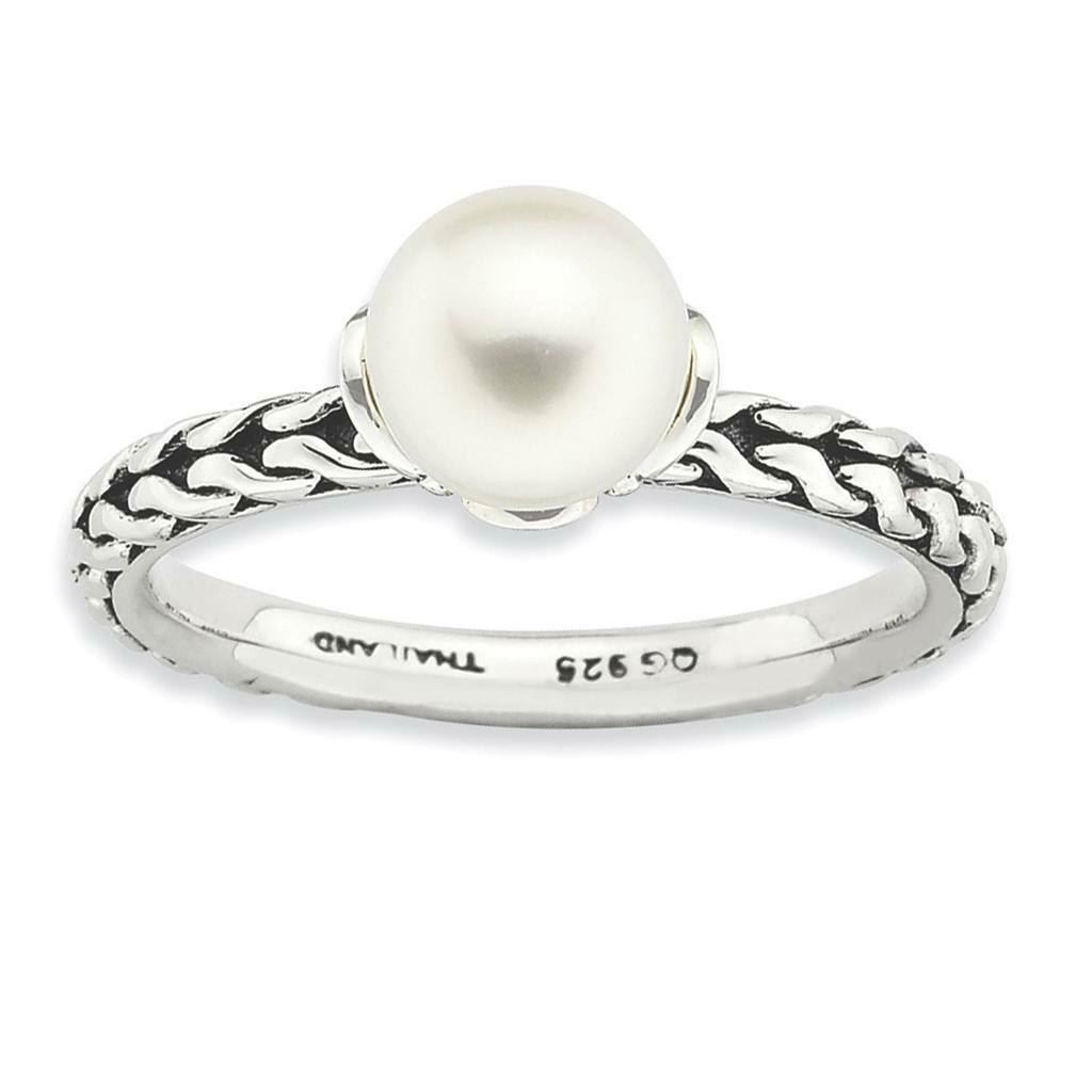 Picture of Silver Ring Antiqued White Freshwater Pearl
